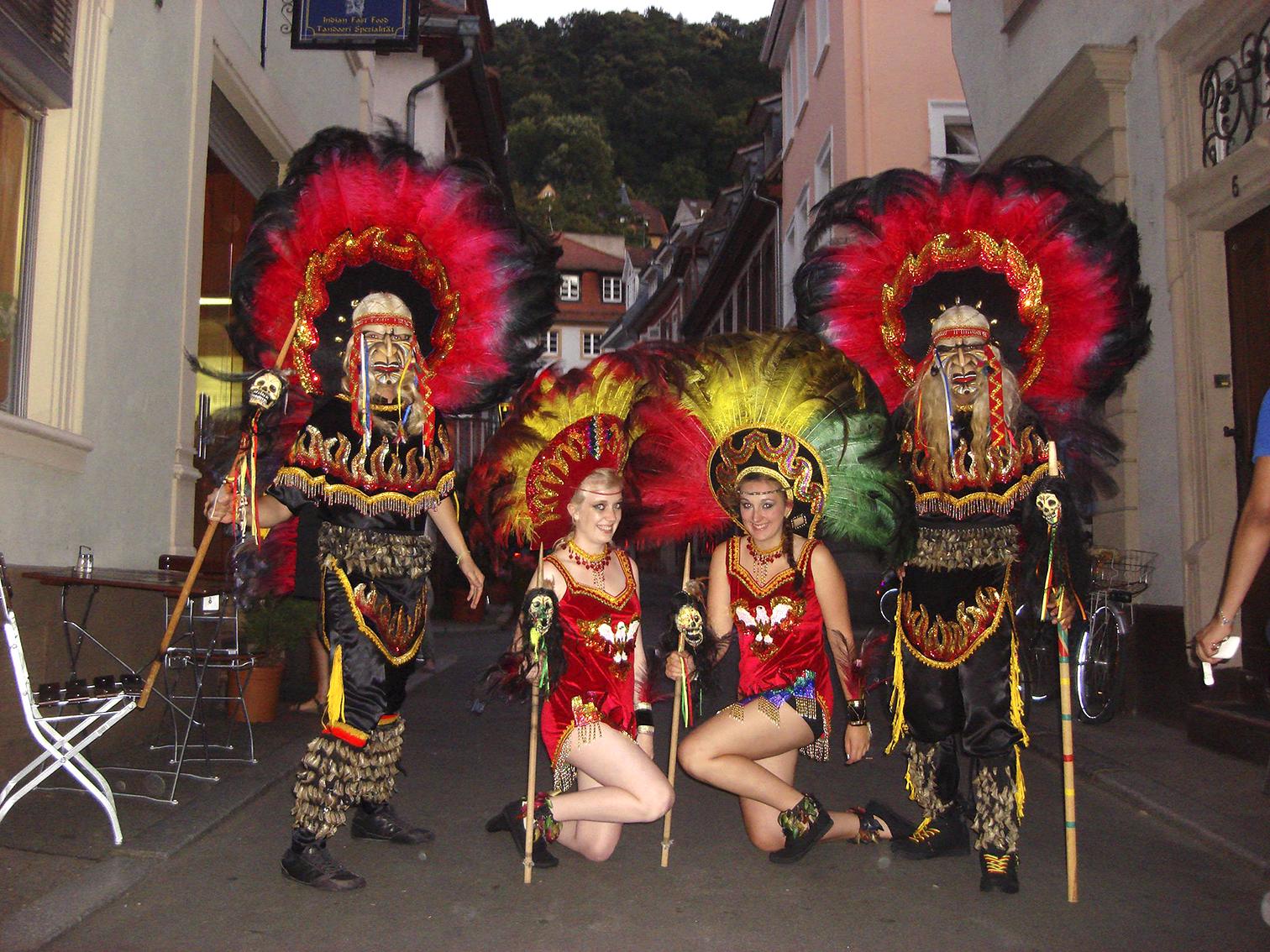 Tanzgruppe_Puerta_del_Sol.